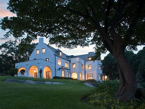 HOUSE OF THE DAY: A Tuxedo Park Estate With Deep Ties To
