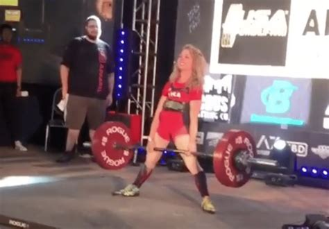 Heather Connor Is the First Female IPF Powerlifter to